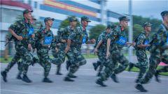 """战味儿十足!武警来宾支队举办第二届""""我是冠军""""军人运动会"""