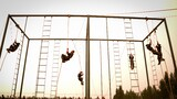 7米三次爬绳考核。