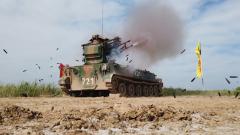 【第一军视】火力打击强悍 直击防空兵超燃实弹演练