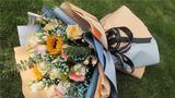一束鲜花,送给远方的爱人。