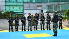 武警第二机动总队某支队举办教练员示范观摩会