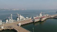 海军湛江舰和珠海舰光荣退役