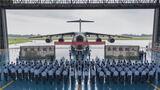 8月30日,西部战区空军航空兵某团举行2020年秋季士兵退役仪式,全体退役士兵整齐列队,向战机作最后的告别,为自己的军旅生涯画上一个圆满的句号。