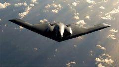 """美军B-2隐形轰炸机直扑澳大利亚  在西太""""苦练""""空中加油"""
