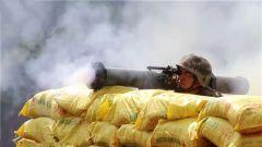 直擊叢林火炮射擊考核  檢驗營連主官指揮能力
