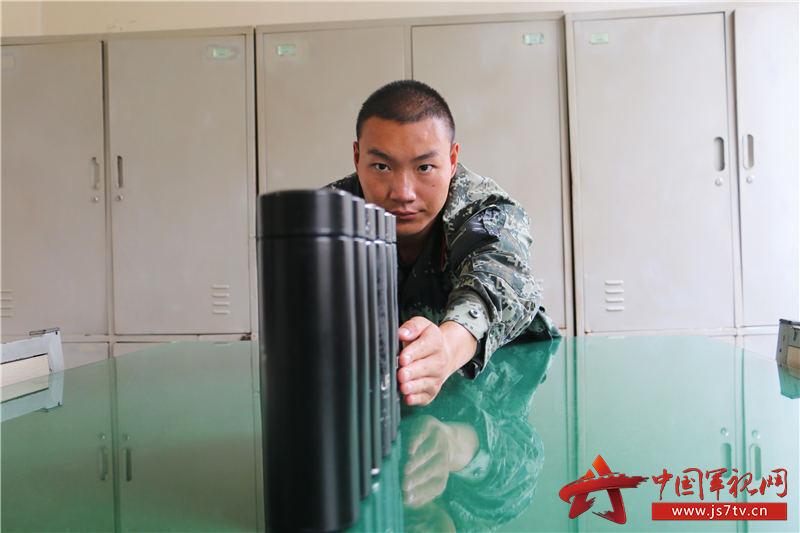 4.严抓内务标准(牛建春摄)