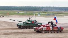 """【国际军事比赛-2020】""""坦克两项""""上演终极对决 中方参赛队夺得亚军"""