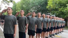 青岛警备区展开役前训练 提高征集新兵合格率