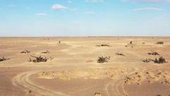 【直击演训场】陆军第73集团军某旅:大漠深处 防空兵编织立体火力网