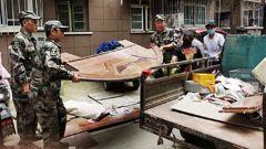 江蘇徐州:泉山區人武部組織民兵助力城市建設
