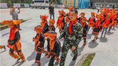 武警来宾支队:走访慰问援建学校 为师生送去暖心祝福