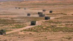 【直击演训场】陆军第73集团军:新型车载加榴炮 全地域实弹射击考核