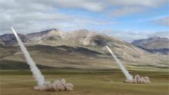 西藏军区某炮兵旅:跨昼夜 多炮种 检验新装备极限射程