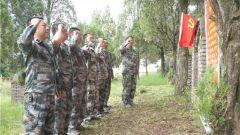 云南永平县:整治烈士陵园环境 以实际行动缅怀革命先烈