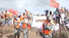【搶險救災 子弟兵在行動】黑龍江杜爾伯特:堤壩出現險情 民兵應急分隊緊急馳援