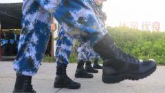 海军南沙守备部队试穿新型热区岛礁作战靴