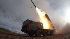 西藏軍區:高原陸空聯合拔點戰斗演練