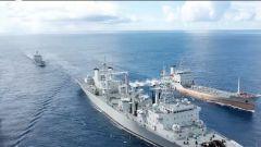 南部战区海军多艘舰艇开展高强度多课目海上训练