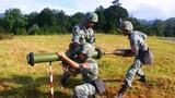 反坦克火箭筒装填弹药