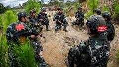 武警广西总队钦州支队:野外反恐演练锤炼实战本领