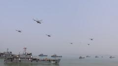 【第一军视】战舰战车战机齐上阵 联合登陆演练大场面来袭