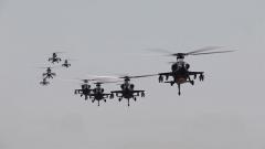 大漠之上煙塵滾滾 他們如何駕駛武直-10摧毀目標?