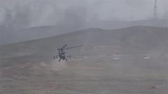 極限超低空飛行 重重炮火覆蓋 他們能否擊中目標?
