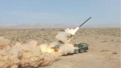 【直擊演訓場】彈無虛發 遠程火箭炮西北大漠實彈射擊