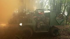 战场强势救护!全方位感受山猫全地形救护车的强大功能