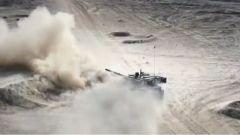 """震撼!99A主戰坦克用精準的打擊捍衛了""""陸戰之王""""的稱號"""