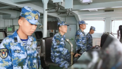 【直击演训场】南海海域 海军护卫舰实射鱼雷训练