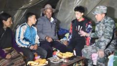 【决战决胜脱贫攻坚 子弟兵在行动】军医朱震宇:真情守护藏区群众的健康