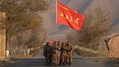 """不爱红装爱武装 一起来看边疆女兵的""""满月照""""!"""