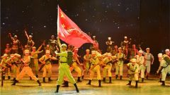 回望戰爭歷史 奮進強軍征程:火箭軍某基地舉辦紀念中國人民志愿軍抗美援朝出國作戰70周年專題文藝演出