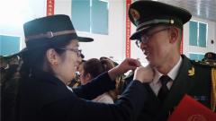 榮耀時刻 親人共享 武警甘肅總隊甘南支隊邀請軍屬參加晉銜儀式