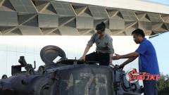 探訪M-46坦克駕駛艙 見識一下它的先進駕駛系統