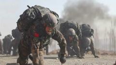 武警新疆總隊某機動支隊開展跨晝夜捕殲演練