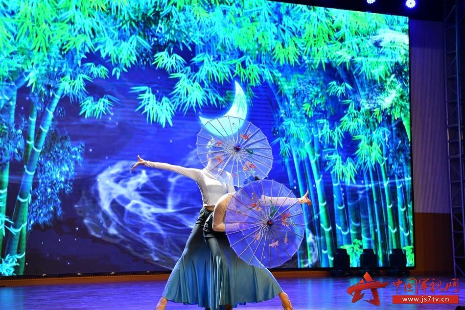 舞蹈《傣家女儿》,呈现满满的民族风情