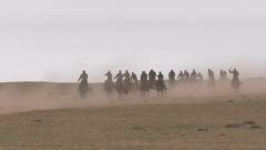 內蒙古民兵騎兵連展開群眾性大練兵