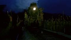 """炮火下的""""秘密鐵路線"""":英雄機車殊死搏斗 """"喀秋莎""""運抵前線顯神威"""