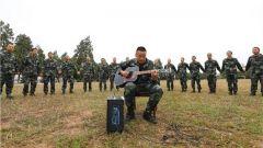 才艺PK 武术展示 集体生日 新兵的多彩军营生活