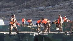 西藏军区某工化旅开展多课目模拟连贯考核