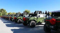 """新一批第三代""""猛士""""装甲突击车列装边防部队"""
