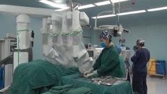 """軍隊醫院集中配置的第四代手術機器人正式""""上崗"""""""