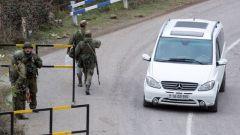 俄維和部隊護送更多難民返回納卡地區