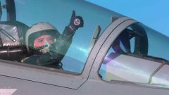 """【與改革強軍同行】飛行員王森:搏擊升空 勇當打贏未來空戰的""""尖刀"""""""