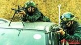 狙击手占领有利位置。