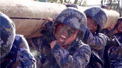 【聚焦實戰化訓練 直面極限挑戰】超燃!海軍陸戰隊員這樣訓練戰斗體能
