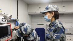 空軍依托新型醫療救護飛機開展空運醫療救護訓練考核