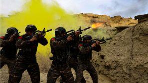 武警新疆總隊克拉瑪依支隊組織實戰化反恐演練